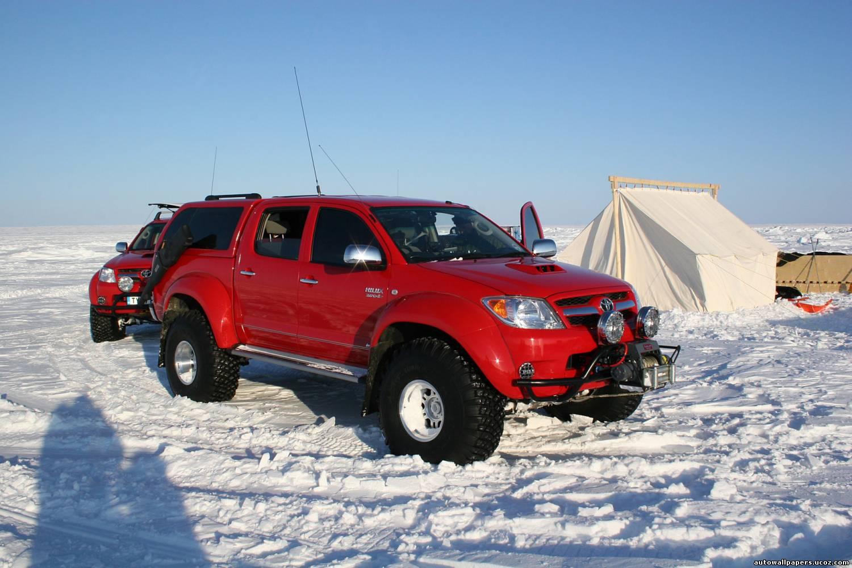 Тойота хайлюкс арктик трак фото цена